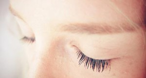 женские глаза
